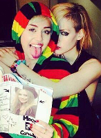 "Avril en la gira ""The Bangerz Tour"" de Miley Cyrus"
